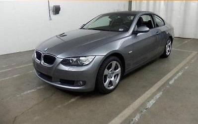 BMW 320d gri